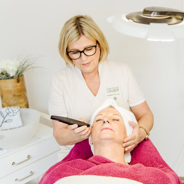 Anti Aging bei Monika Fox Kosmetik in Oberasbach